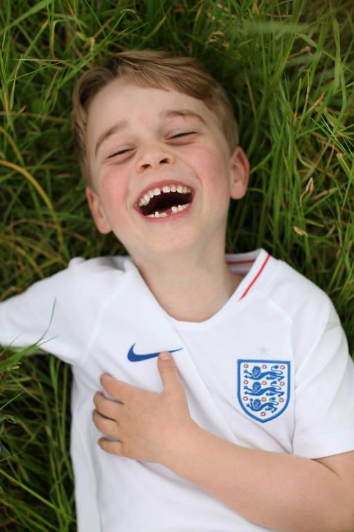 Príncipe George faz 6 anos de idade
