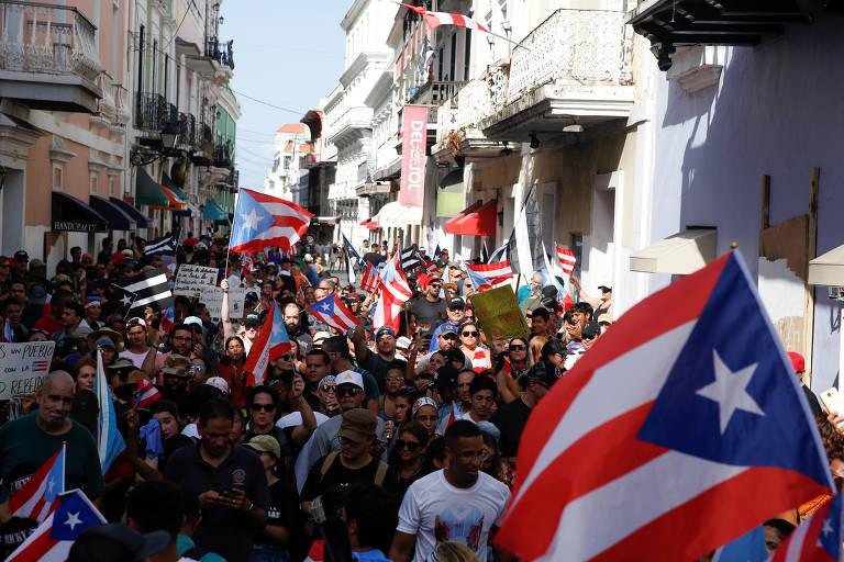 Protestos pedem a renúncia do governador de Porto Rico