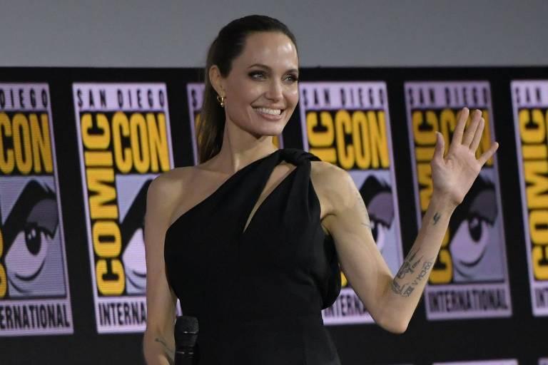 """Atriz Angelina Jolie foi confirmada no elenco de """"Os Eternos"""", novo filme da 4ª fase da Marvel"""