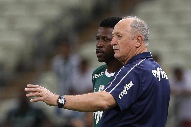 O técnico Felipão e o jogador Ramires, do Paleiras, em jogo contra a equipe do Ceará, durante partida válida pela décima primeira rodada, do Campeonato Brasileiro, na Arena Castelão
