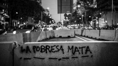 Barcelona, Espanha. 28/03/2019. DESIGUALDADE GLOBAL. PixaÁ?o contra pobreza em uma rua de Barcelona. ( Foto: Lalo de Almeida/ Folhapress )***EXCLUSIVO FOLHA*** ORG XMIT: AGEN1905211059605899
