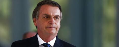 BRASILIA, DF,  BRASIL,  29-05-2019, 12h00: O presidente Jair Bolsonaro fala com a imprensa ao sair do ministério da Marinha. (Foto: Pedro Ladeira/Folhapress, PODER)