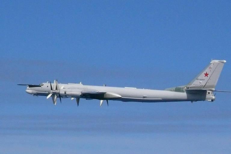 avião russo no ar