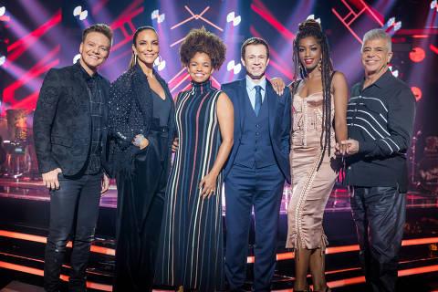The Voice Brasil - Iza, Ivete Sangalo, Lulu Santos, Michel Teló, Tiago Leifert e Jeniffer Nascimento.