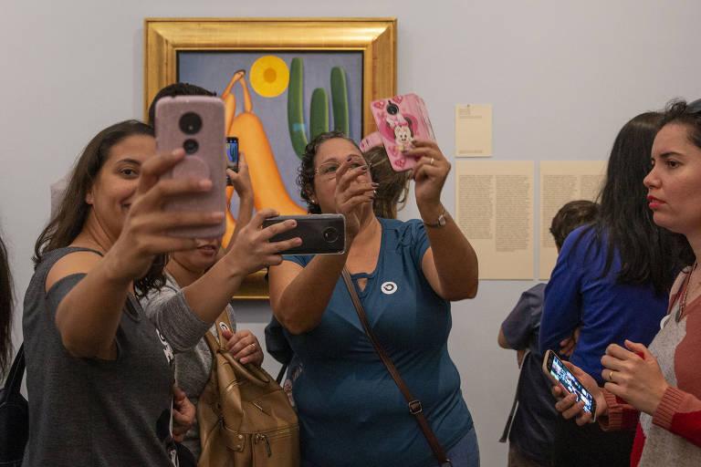 Veja imagens da exposição 'Tarsila Popular', no Masp