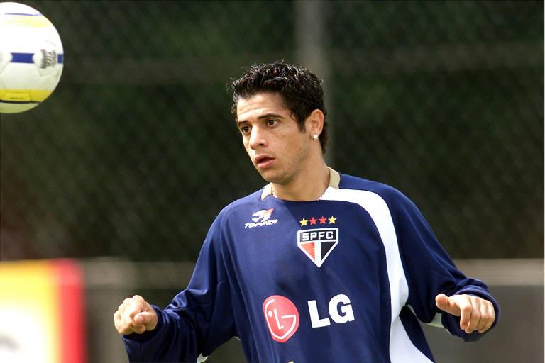 Ex-jogadores do São Paulo que passaram por dificuldades na carreira
