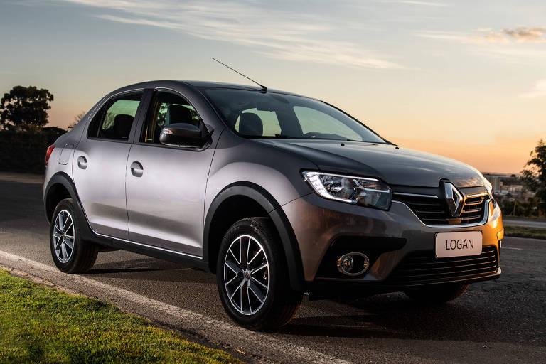 Renault Logan é reestilizado e ganha câmbio automático