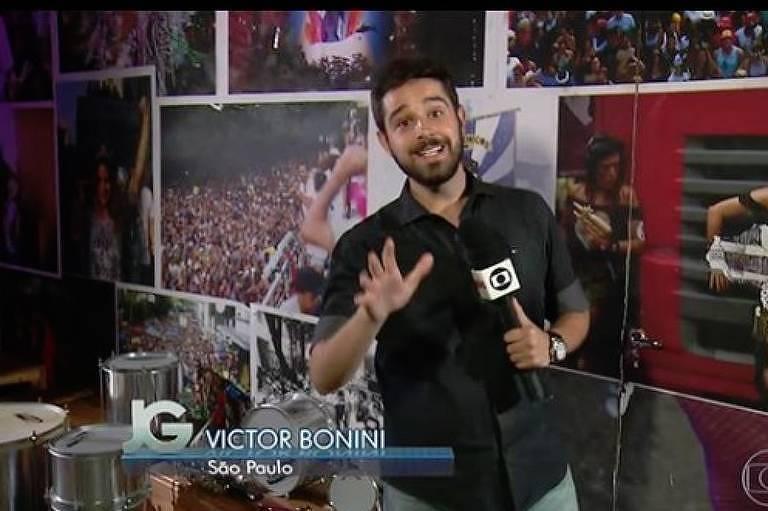 Repórter Victor Bonini durante atuação no Jornal da Globo