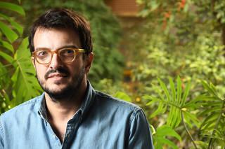 Retrato Rodrigo Teixeira