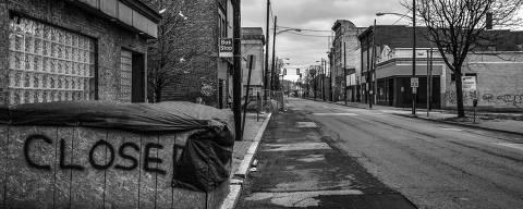 Braddock, EUA. 03/04/2019. DESIGUALDADE GLOBAL. ComÈrcio fechado na avenida principal de Braddock,  distrito da grande Pittsburgh. A regi?o foi o berÁo da produÁ?o de aÁo norte-americana mas entrou em colapso a partir dos anos 80.  ( Foto: Lalo de Almeida/ Folhapress )***EXCLUSIVO FOLHA*** ORG XMIT: AGEN1905211103961298