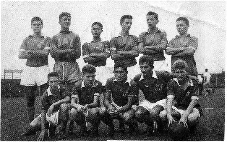 Angelo Benedicto Sormani e seus colegas de time no XV de Jaú