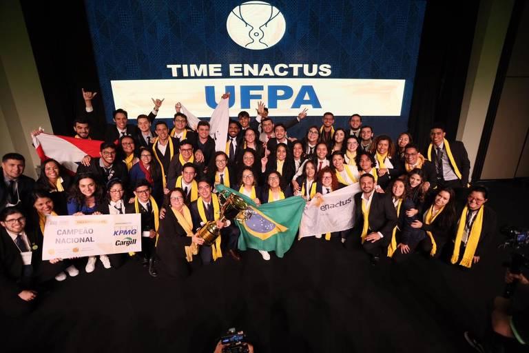 O time competiu com outras 47 universidades e conquistou o primeiro lugar, garantindo a participação na competição internacional nos EUA