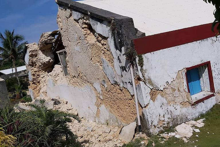 Terremotos nas Filipinas deixam oito mortos e dezenas de feridos