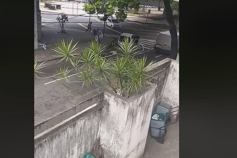 Tentativa de assalto deixa duas pessoas mortas no Rio