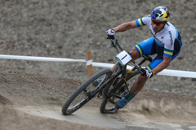 Fiz 1 milagre, mas não 2, lamenta ciclista brasileiro após pneu furado