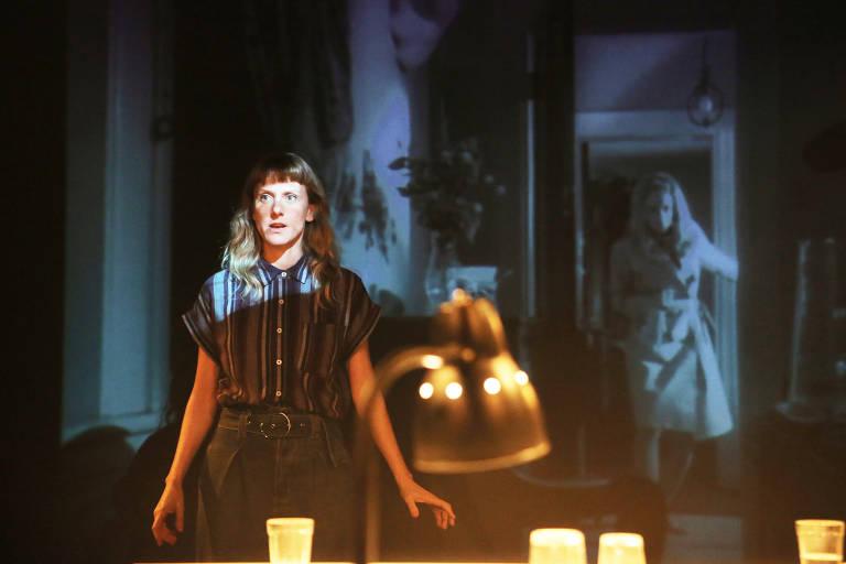 Veja imagens da peça 'A Noite dos Mortos Vivos'