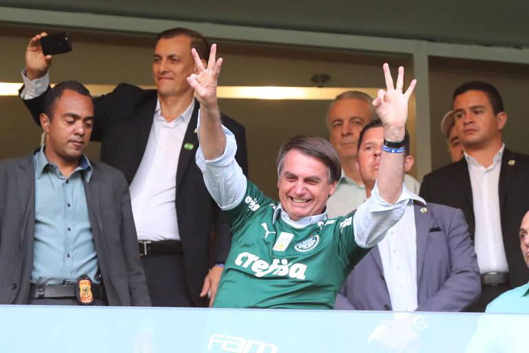 Bolsonaro no estádio do Palmeiras, em São Paulo, no último dia 27