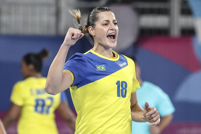 Duda Amorim comemora durante partida de estreia no Pan-2019 contra Cuba