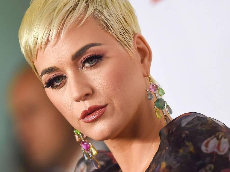 "Katy Perry, cantora do hit ""Dark Horse"""