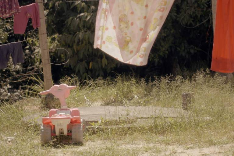 """Cena do documentário """"Mundo Sem Porteira"""", de Gisela Arantes"""
