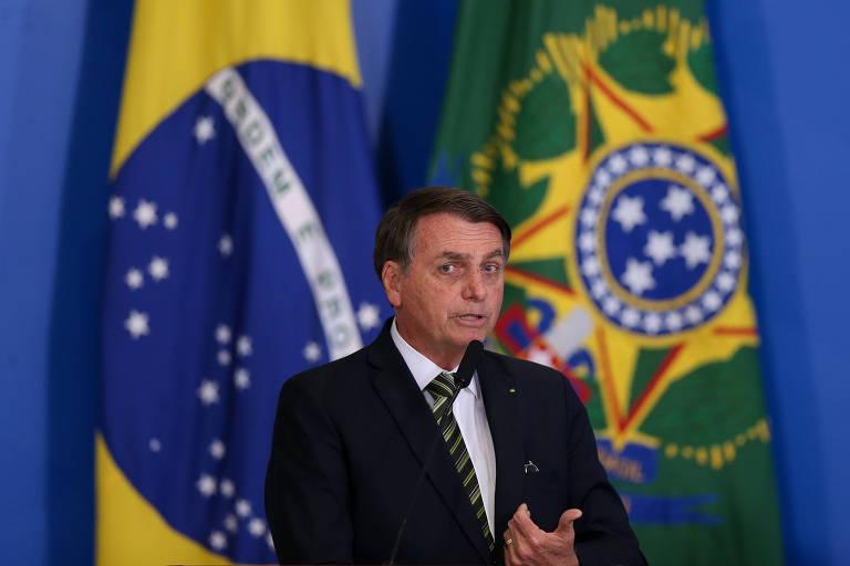 O presidente Jair Bolsonaro durante Cerimônia de Revisão e Modernização das Normas Regulamentadoras da Saúde e Segurança do Trabalho, no Palácio do Planalto