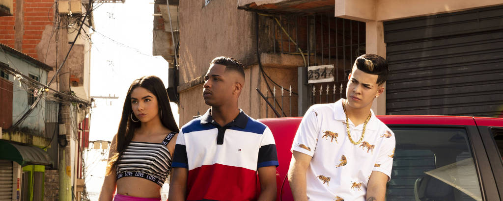 Da esq. para dir., Bruna Mascarenhas (Rita), Christian Malheiros (Nando) e Jottapê (Doni)