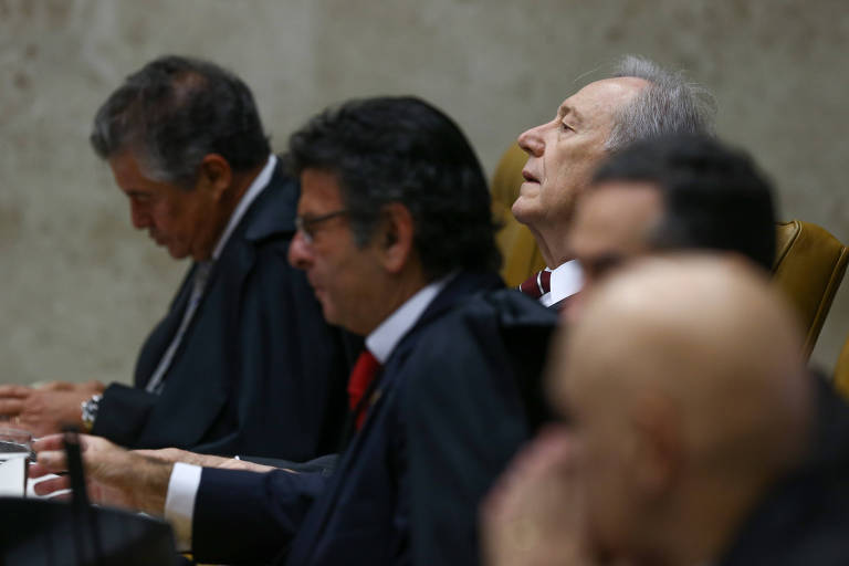 Da esq. para a dir. os ministros do STF Marco Aurélio, Lewandowski, Fux, Barroso e Moraes
