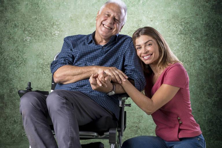 "Alberto (Antonio Fagundes) e Paloma (Grazi Massafera), protagonistas da novela ""Bom Sucesso"" (Globo)"