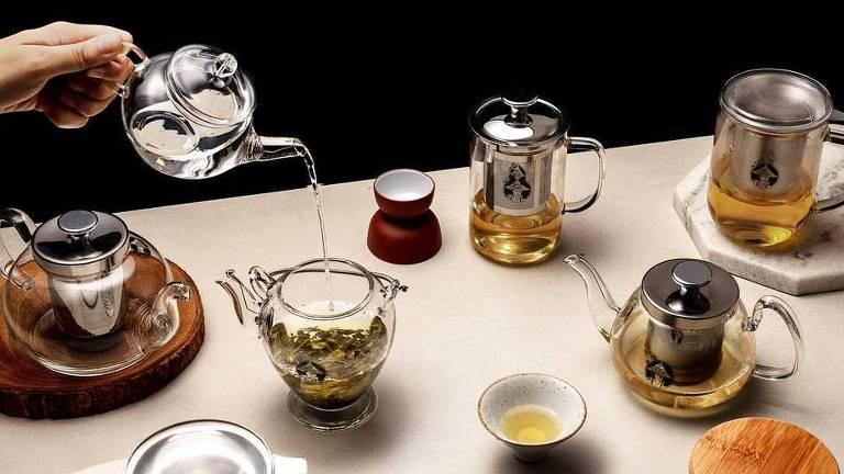 Mesa de chá servida na Chá Yê