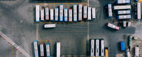 SÃO PAULO, SP, 30.07.2019 - Garagem da empresa Transwolff, na zona sul de São Paulo, uma das maiores empresas de SP que surgiu das lotações. (Foto: Gabriel Cabral/Folhapress)
