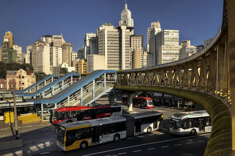 'Ônibusdependente', SP tem modelo que destoa de outras metrópoles