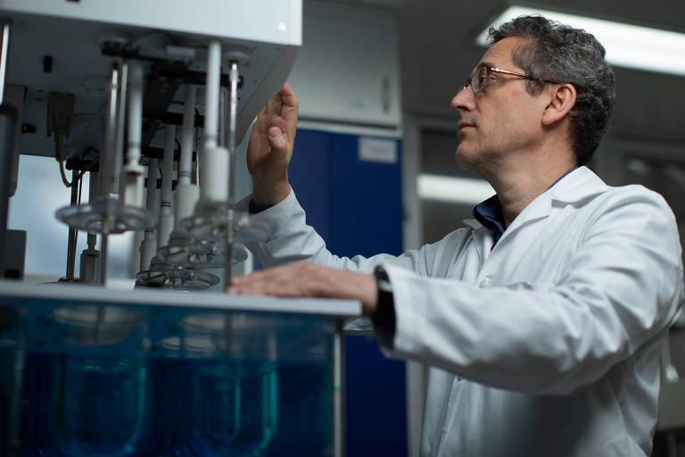 O professor Humberto Gomes Ferraz, da Faculdade de Ciências Farmacêuticas da USP