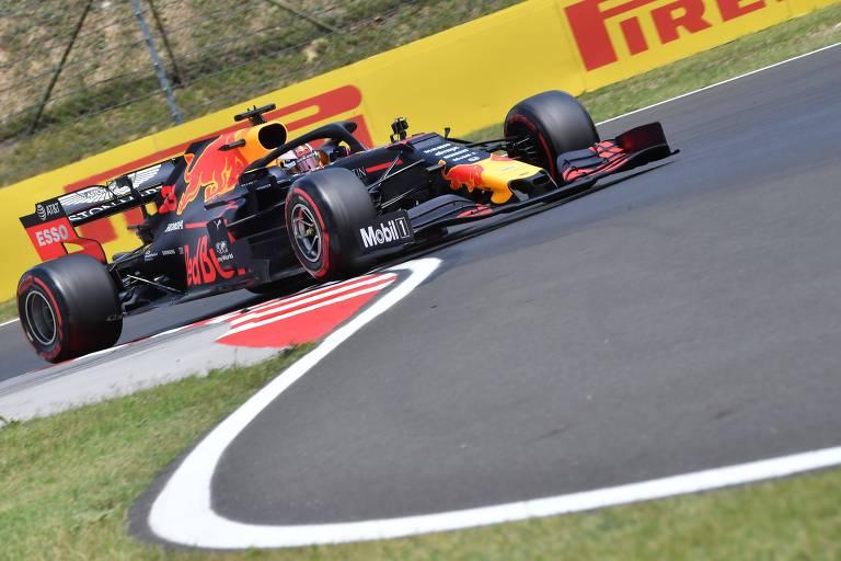 O holandês Max Verstappen durante classificação para o GP da Hungria