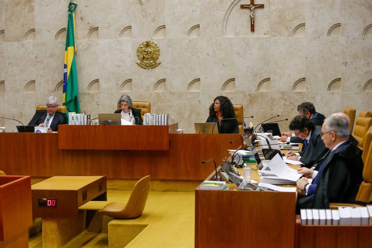 Sessão plenária do STF (Supremo Tribunal Federal), sob a presidência da ministra Carmen Lúcia. Momento em que o STF julgava a Desaposentação.