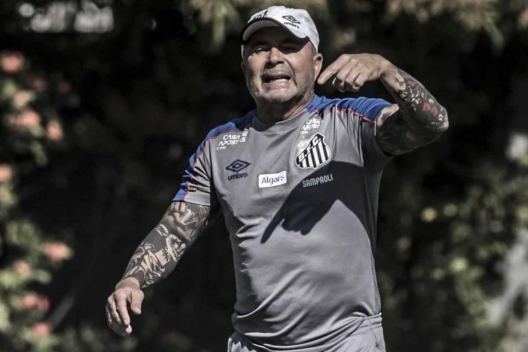 O técnico do Santos, Jorge Sampaoli
