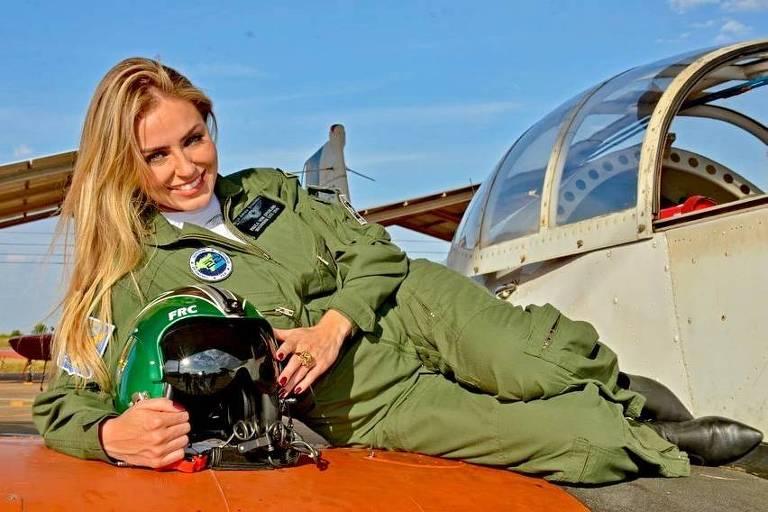 Campeã do BBB19, Paula é nomeada madrinha de esquadrilha da Força Aérea Brasileira