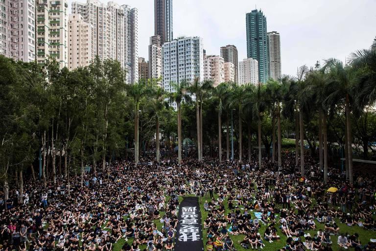 Concentração de manifestantes em Hong Kong