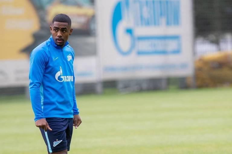 O brasileiro Malcom durante treino treino pelo Zenit, em São Petersburgo
