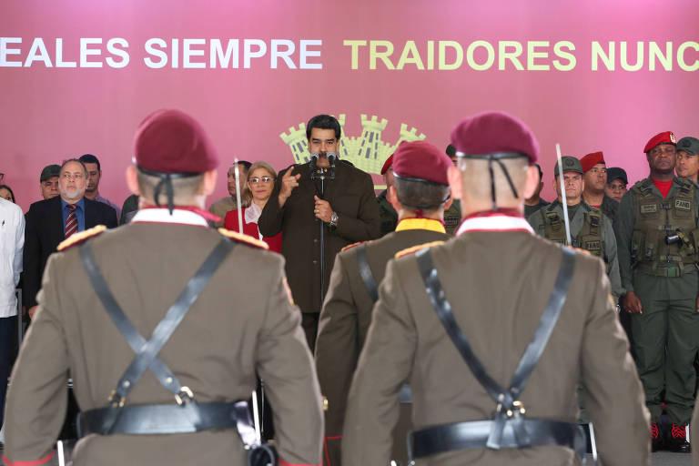 O ditador Nicolás Maduro faz discurso durante aniversário da Guarda Nacional, em Caracas
