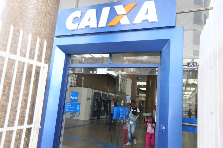agencia da Caixa da rua Boa Vista, na região central