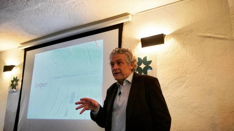 O professor Ricardo Paes de Barros, do Insper, em debate sobre o censo 2020 no Cebrap