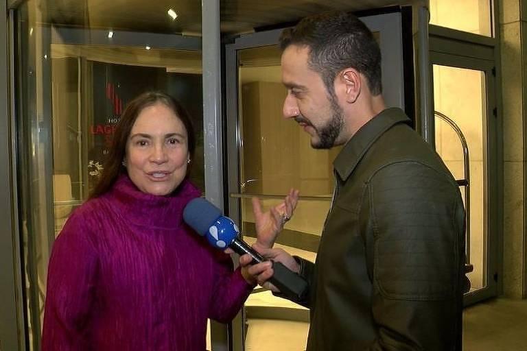 Regina Duarte dá entrevista ao TV Fama