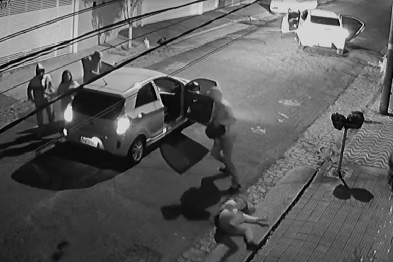 Dupla assalta mãe e filha em Santo André