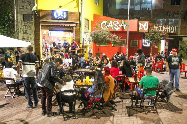 Xavica's Bar, em Perus