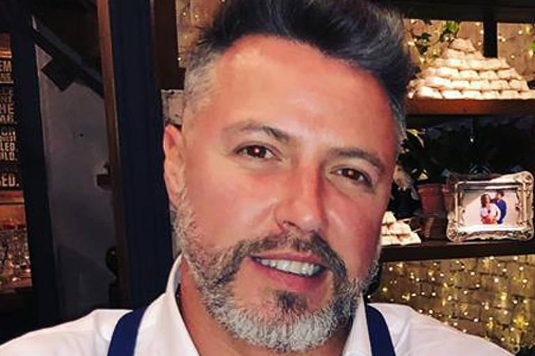 Pedro Sabaciauskis é empresário e presidente da Associação Catarinense de Cannabis Medicinal. Passou a militar pela causa depois que sua avó, com Parkinson em estágio avançado, recuperou os movimentos através do tratamento com óleo de cannabis.