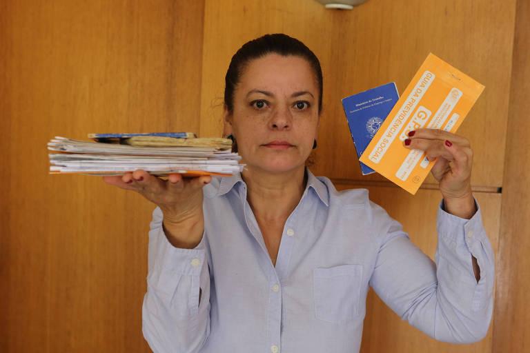 Mirian de Oliveira Ueda aguarda sua aposentadoria por tempo de contribuição desde março