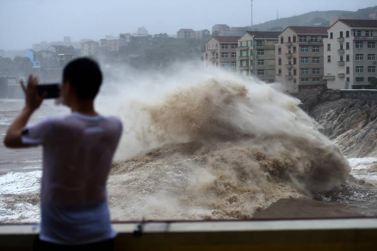 Tufão Lekima atinge leste da China