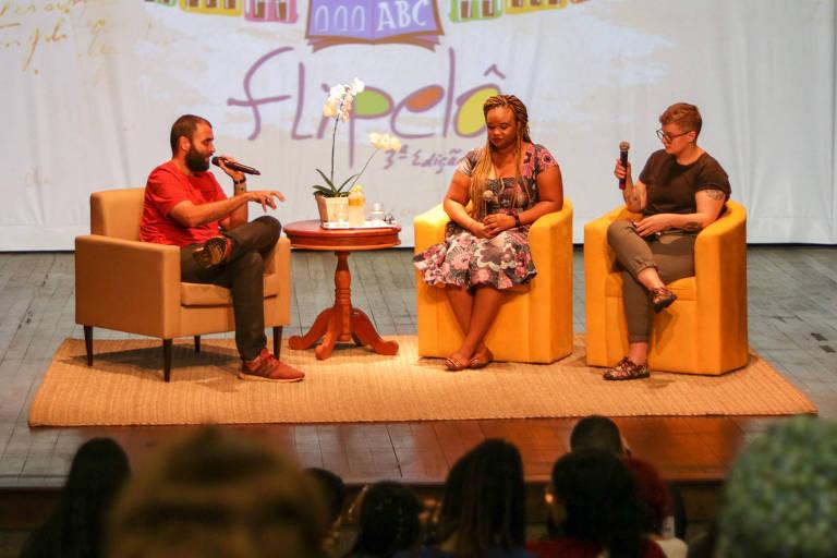 Estava ansiosa para conhecer a Bahia, diz autora em feira literária de Salvador