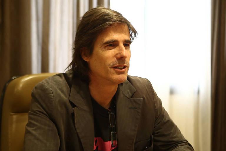 O cineasta Walter Salles durante entrevista à TV Folha, em 2012
