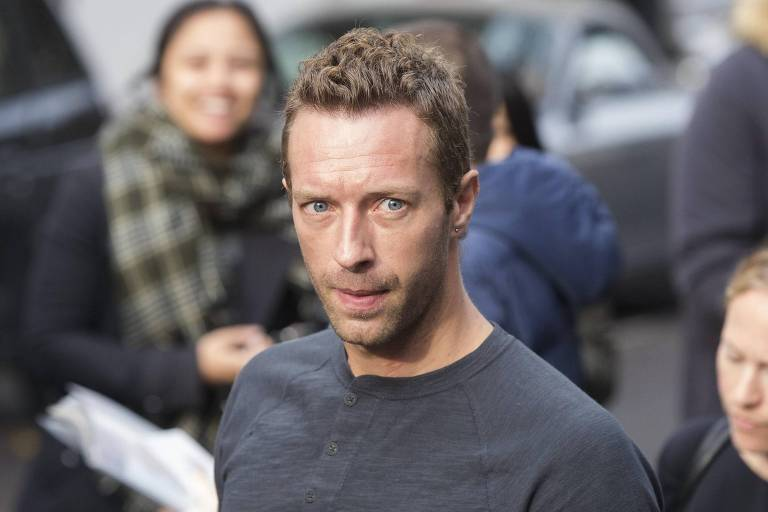 Chris Martin para a gravação do single da Band Aid 30